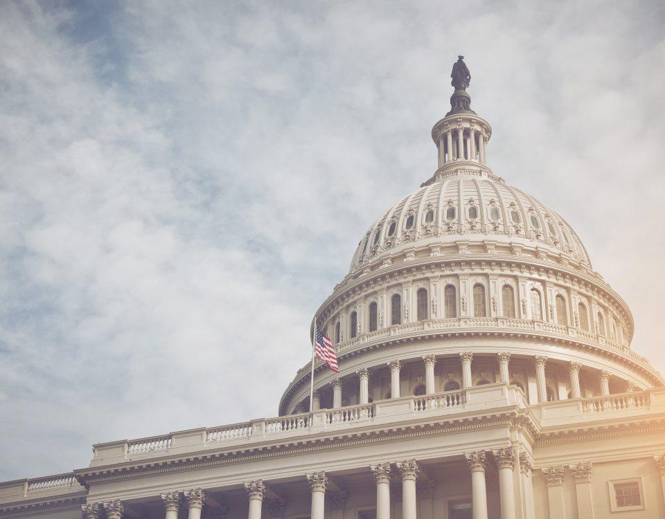senators call for e-cigarette ban