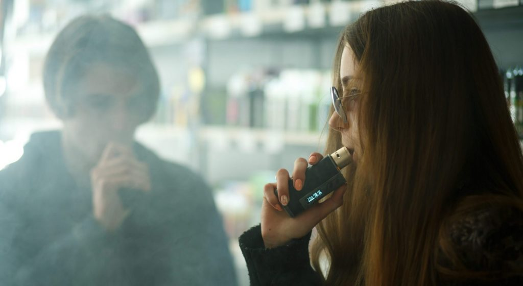 teen vaping e-cigarette lawsuit